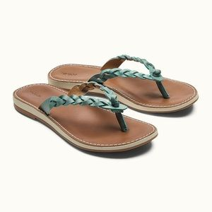 OluKai Kahiko Women's Leather Sandals